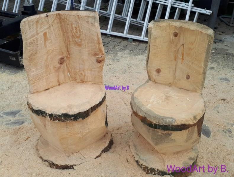 Stühle aus Baumstumpf