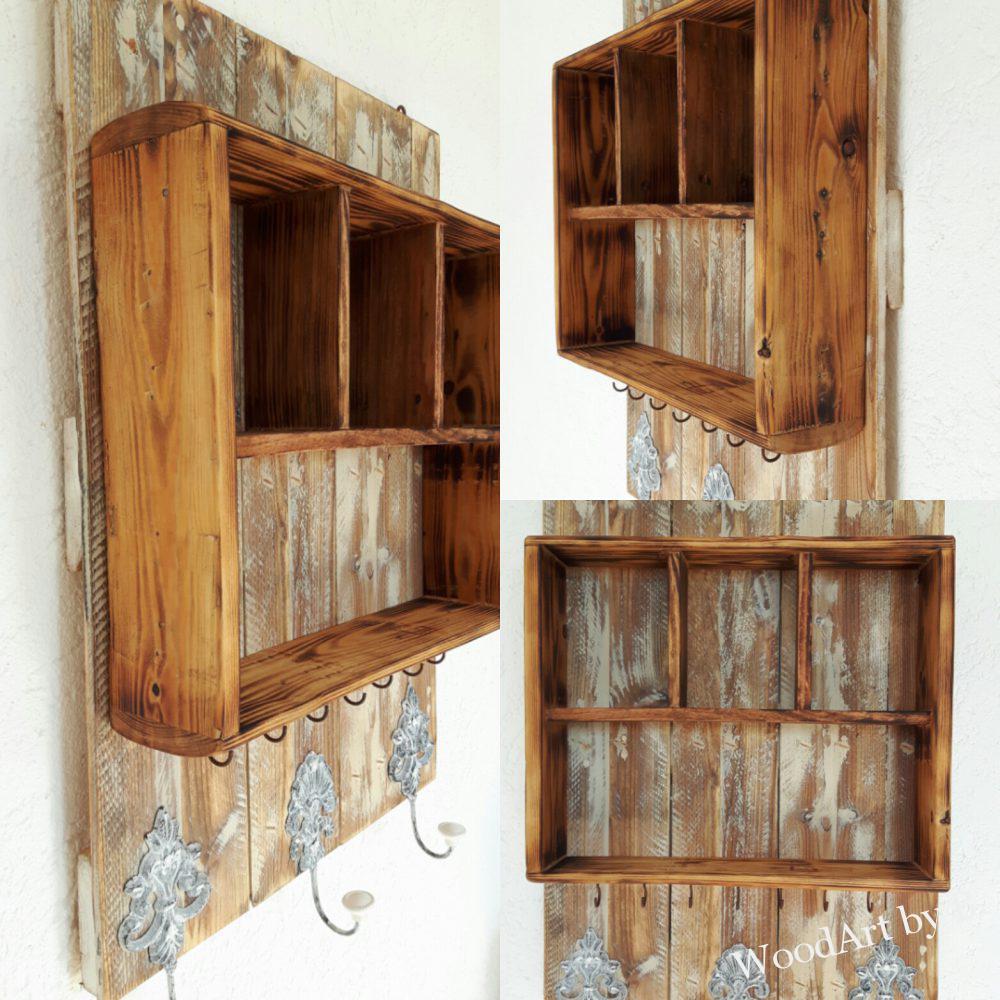 Garderobenregal aus Altholz